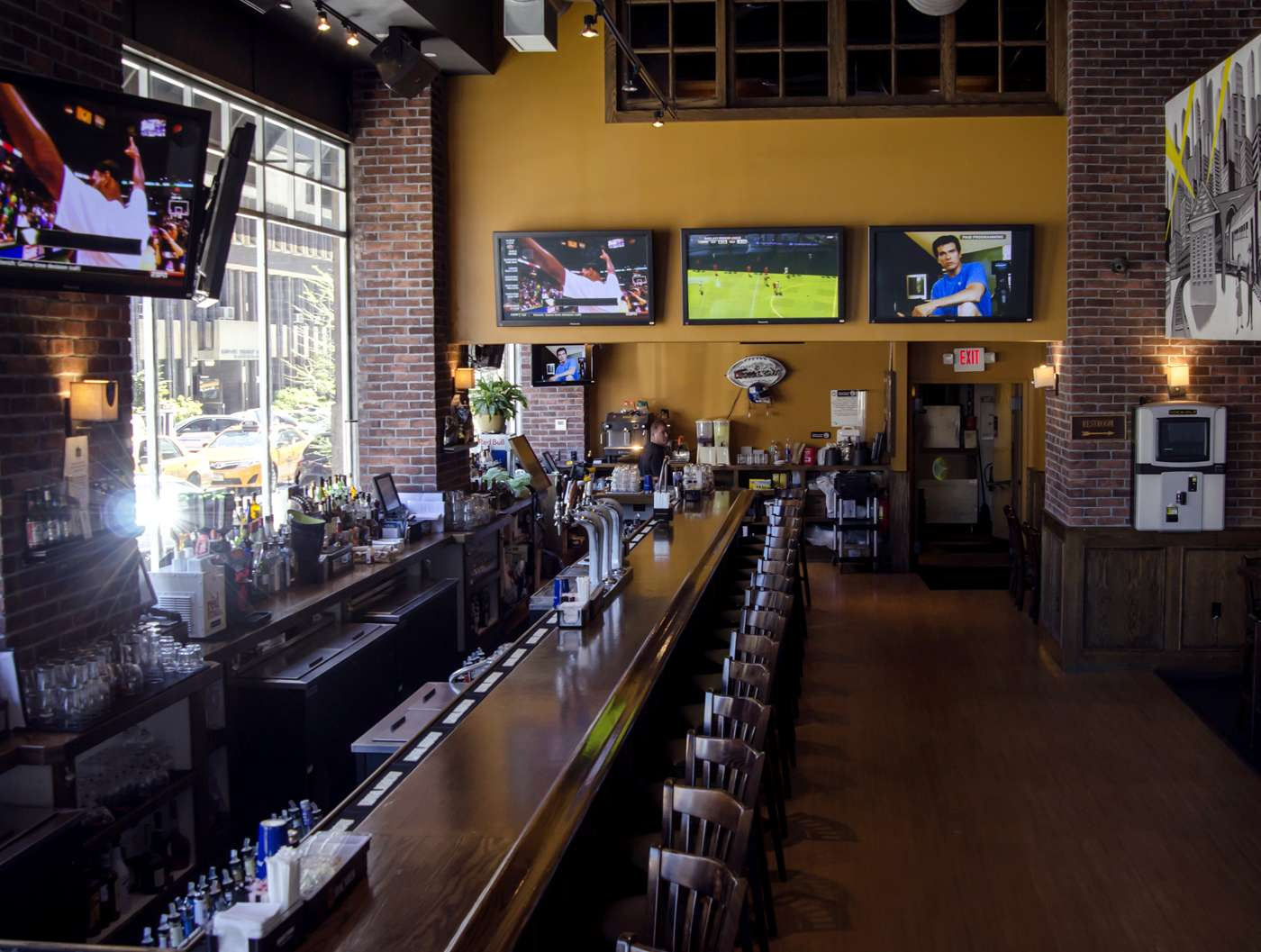 Hudson Station Bar and Grill